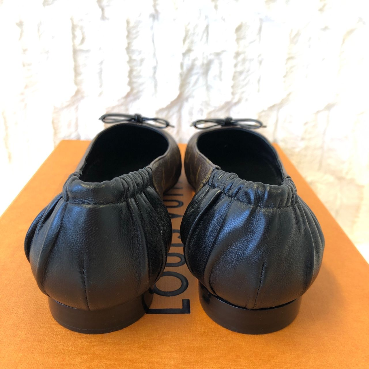 Louis Vuitton Joy Ballerina Schwarz 1A87XU